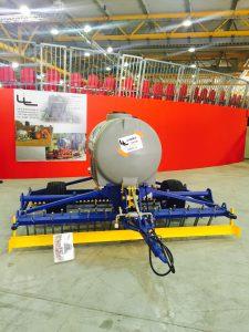 DRAG 3000 - campo di lavoro 3000 mm, impianto irrigazione 1000 Lt. - € 5500,00 + Iva